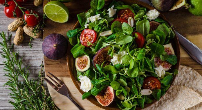 Nährstoffreiche-Salat-Toppings