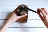 Calcium, Eierschalen, zermahlen in Kaffeemühle, Gesundheitsplus